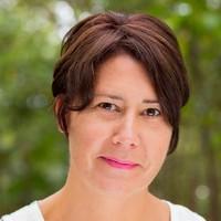 Dr Karen E Wells
