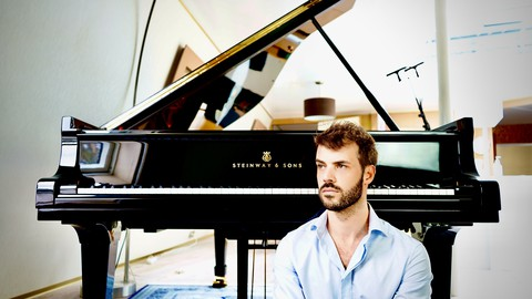 Piano lessons for beginners with a world class pianist